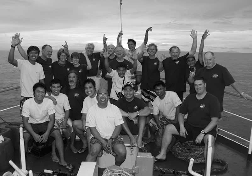 We sponsor cold water dives and tropical dive trips